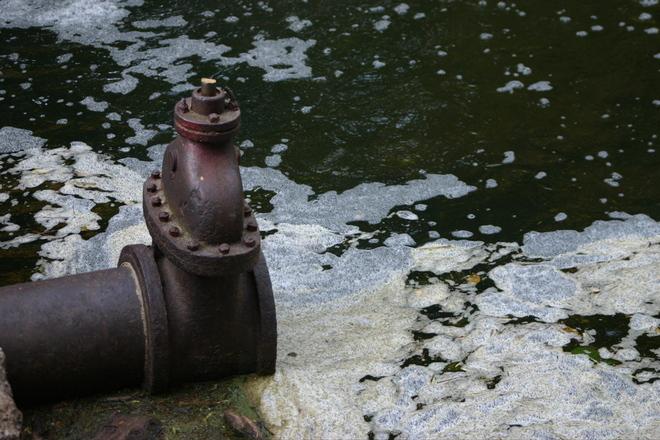 drainage-pipe-1547589